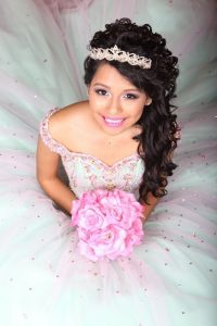Dallas QUINCEANERA Limousine Rental Services Transportation, Sweet 16, Birthday, White Limo, Sedan, SUV